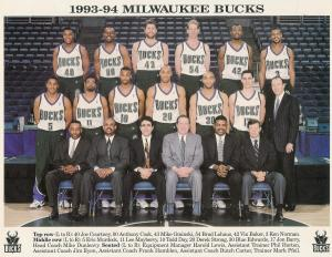 MILWAUKEE BUCKS TEAM PHOTO 002